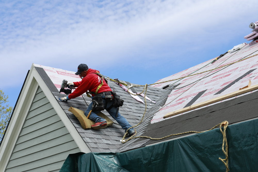 Maintenance Tips to Investing in Roof Repair Vaughan - The Post City