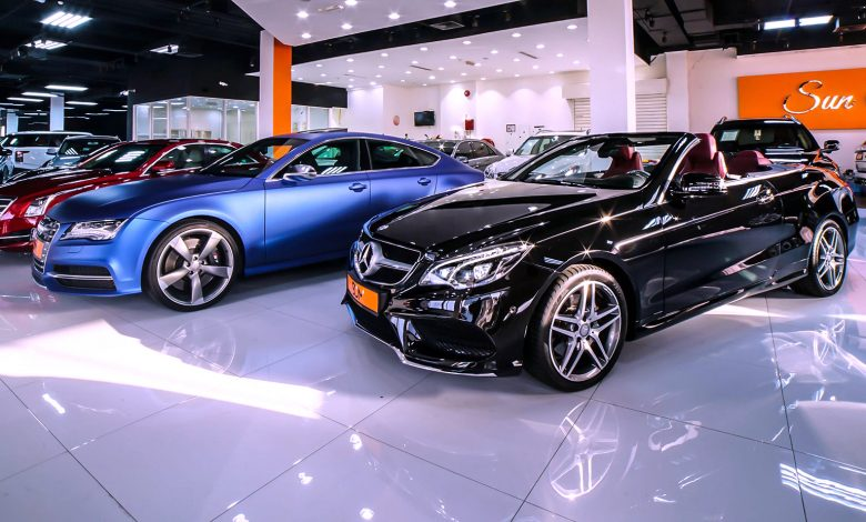Luxury car rental facility in Dubai