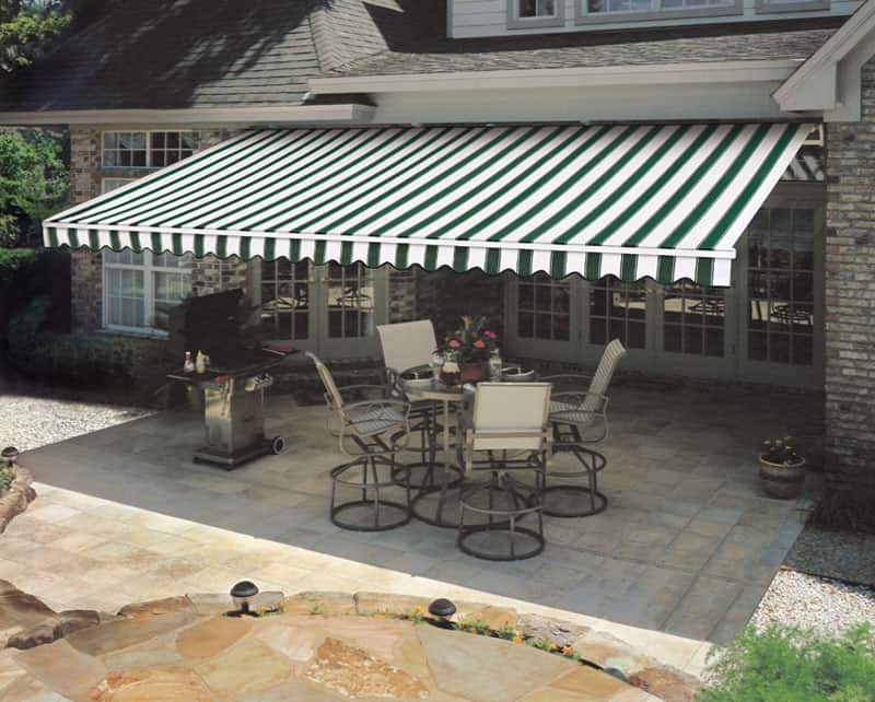 Differences Between Awnings and Canopies